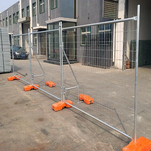 AU-NZ-temporary-fence1