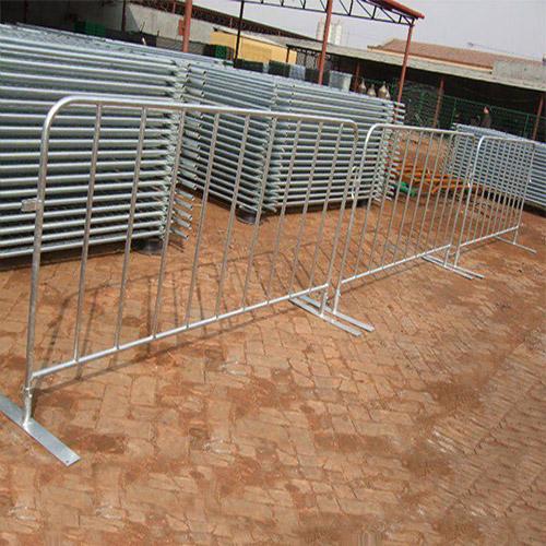 Crowd-Control-Barrier